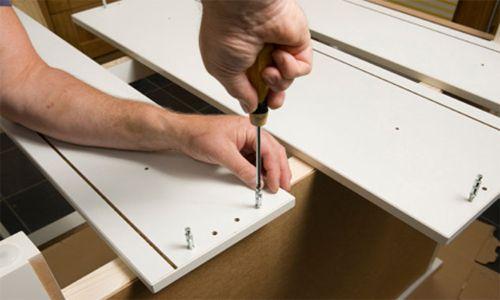 Dịch vụ sửa chữa bàn ghế văn phòng tại Duy Phát