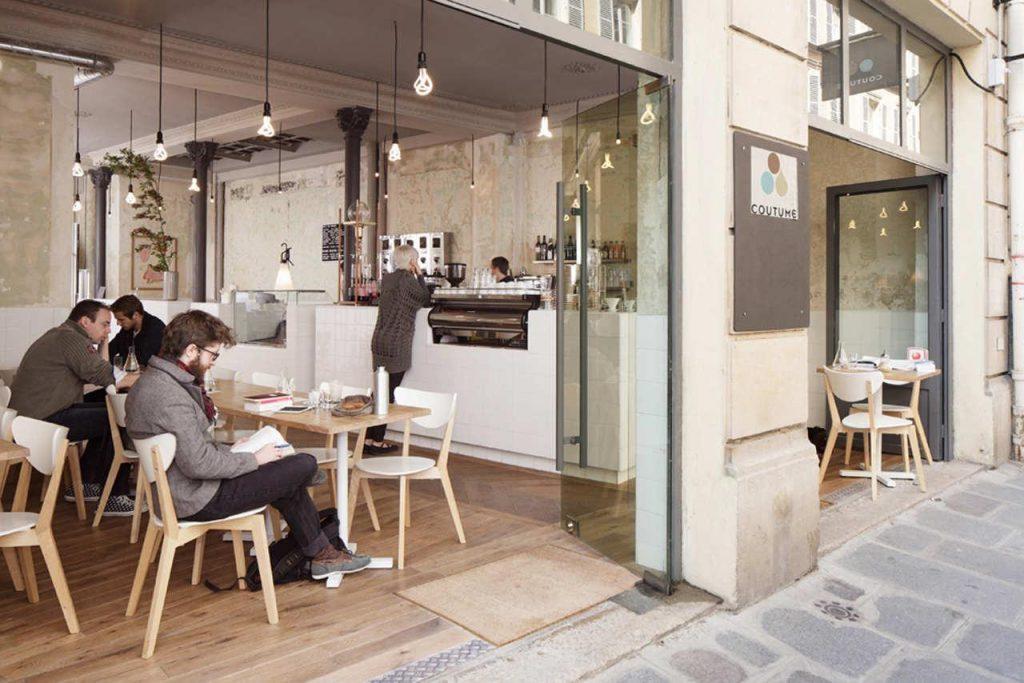 Một số mẫu bàn ghế cafe đẹp hiện đại và sang trọng hiện nay